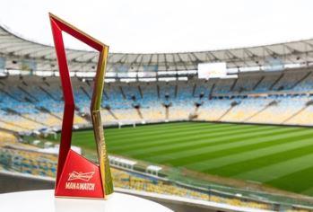 百威英博推出百威啤酒杯来点亮世界杯体育场